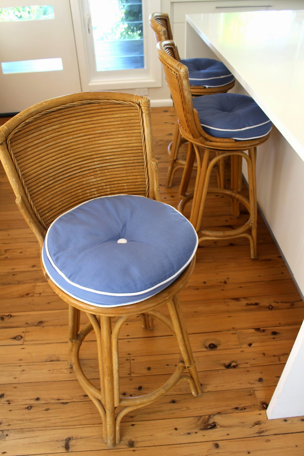 Coastal styling and craft ideas desire empire - Beach House Bar Stools A Two Minute Makeover