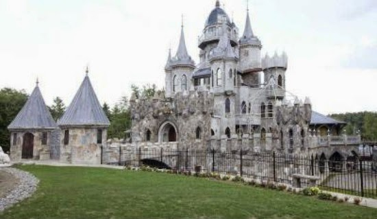 Eileen 39 s home design castle like mansion for sale in for Castle like house plans
