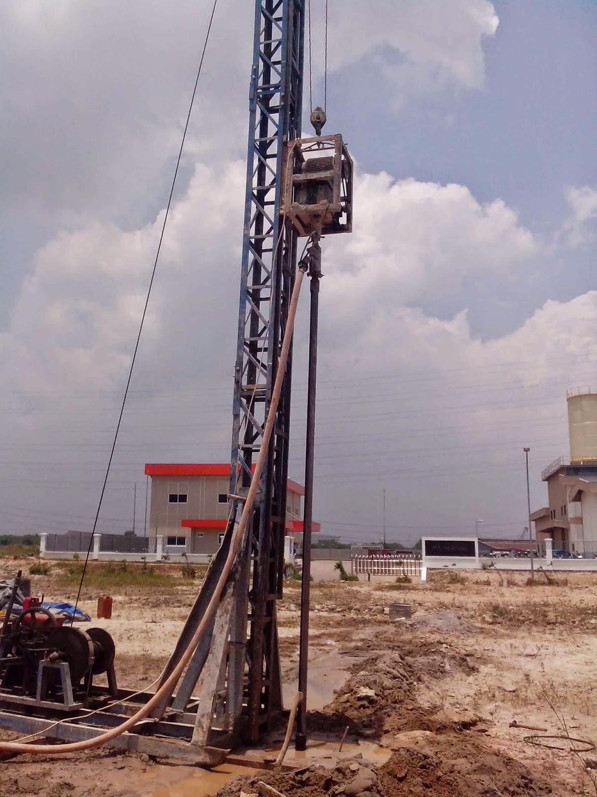 alat bore pile mesin pondasi mini crane