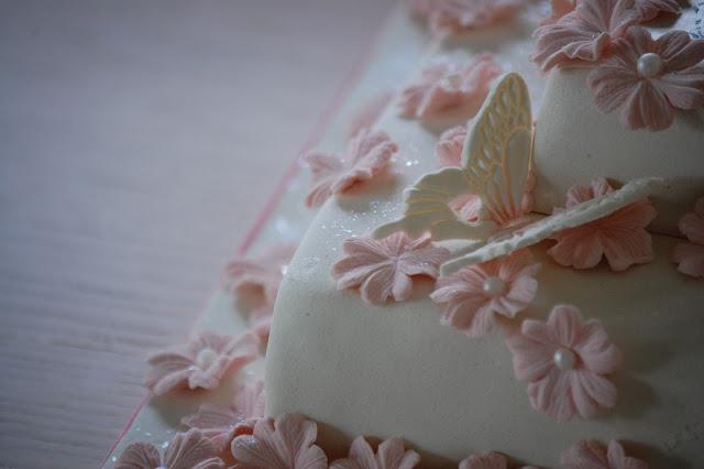 Sommerfugl på Justin Bieber-sjokoladekake