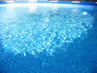 Piscinas sol y agua limpieza de piscinas for Piscina turbia