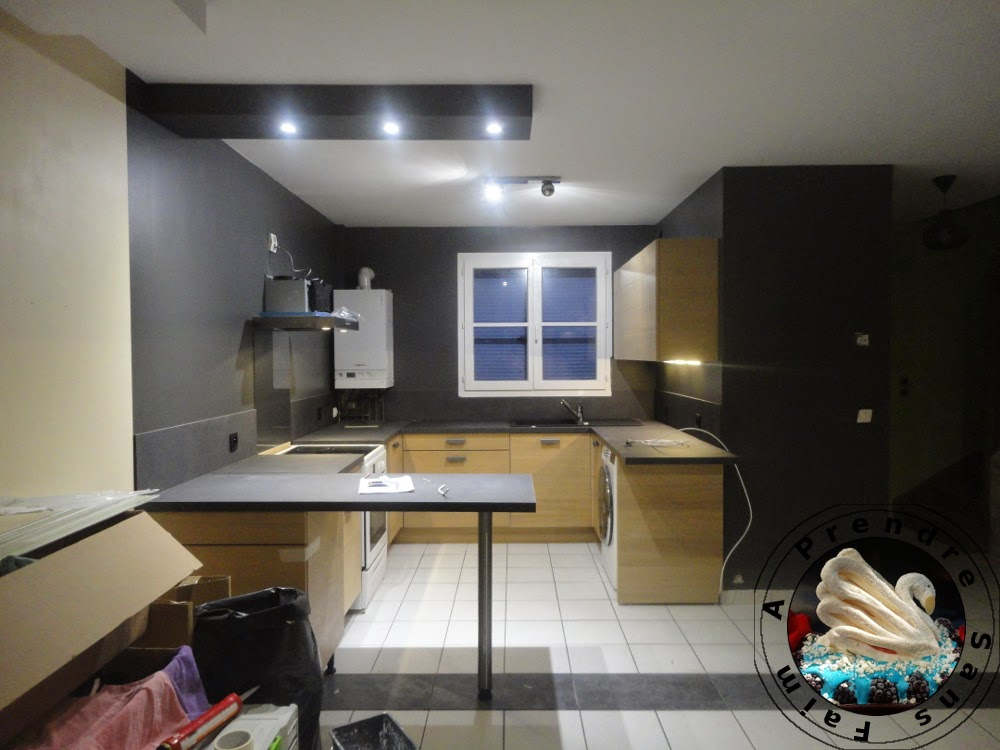 Comment on fait une cuisine pas pas en photos a prendre sans faim - Comment cacher une chaudiere dans une cuisine ...