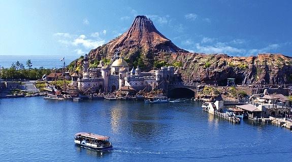 Disneysea Tokyo terinspirasi dari mitos dan legenda-legenda laut.