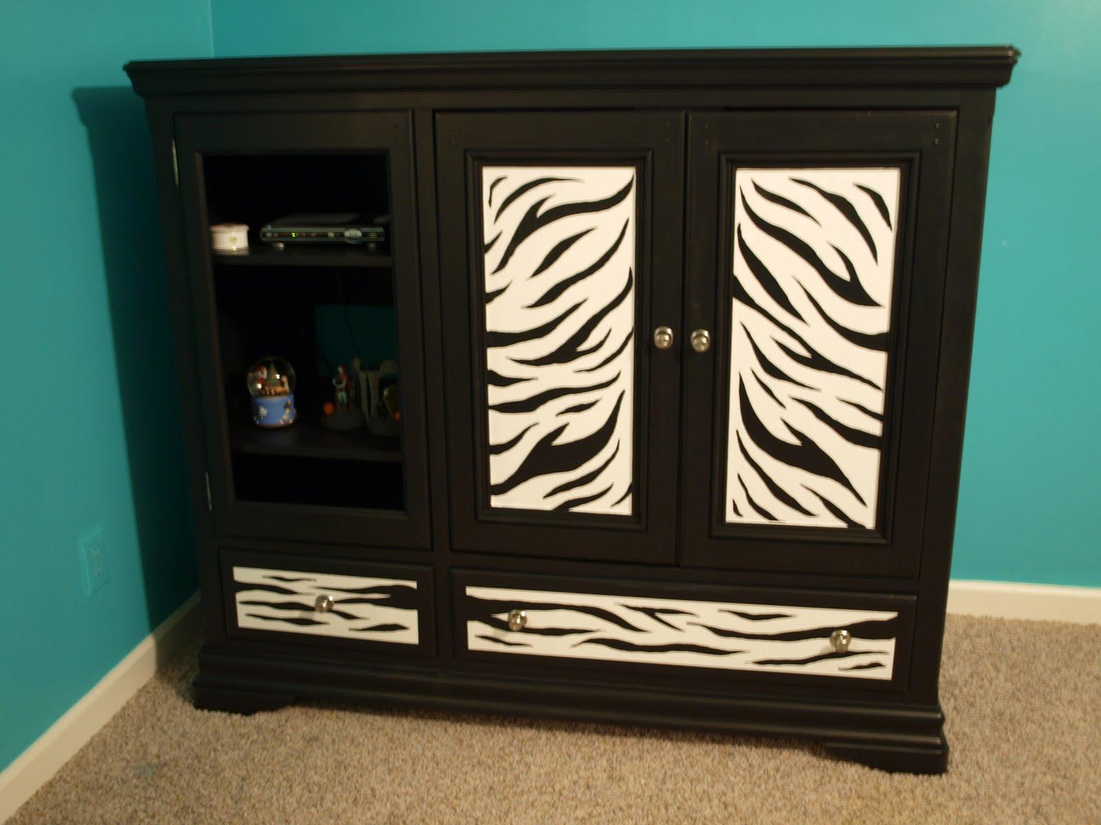 How I Paint My Zebra Furniture