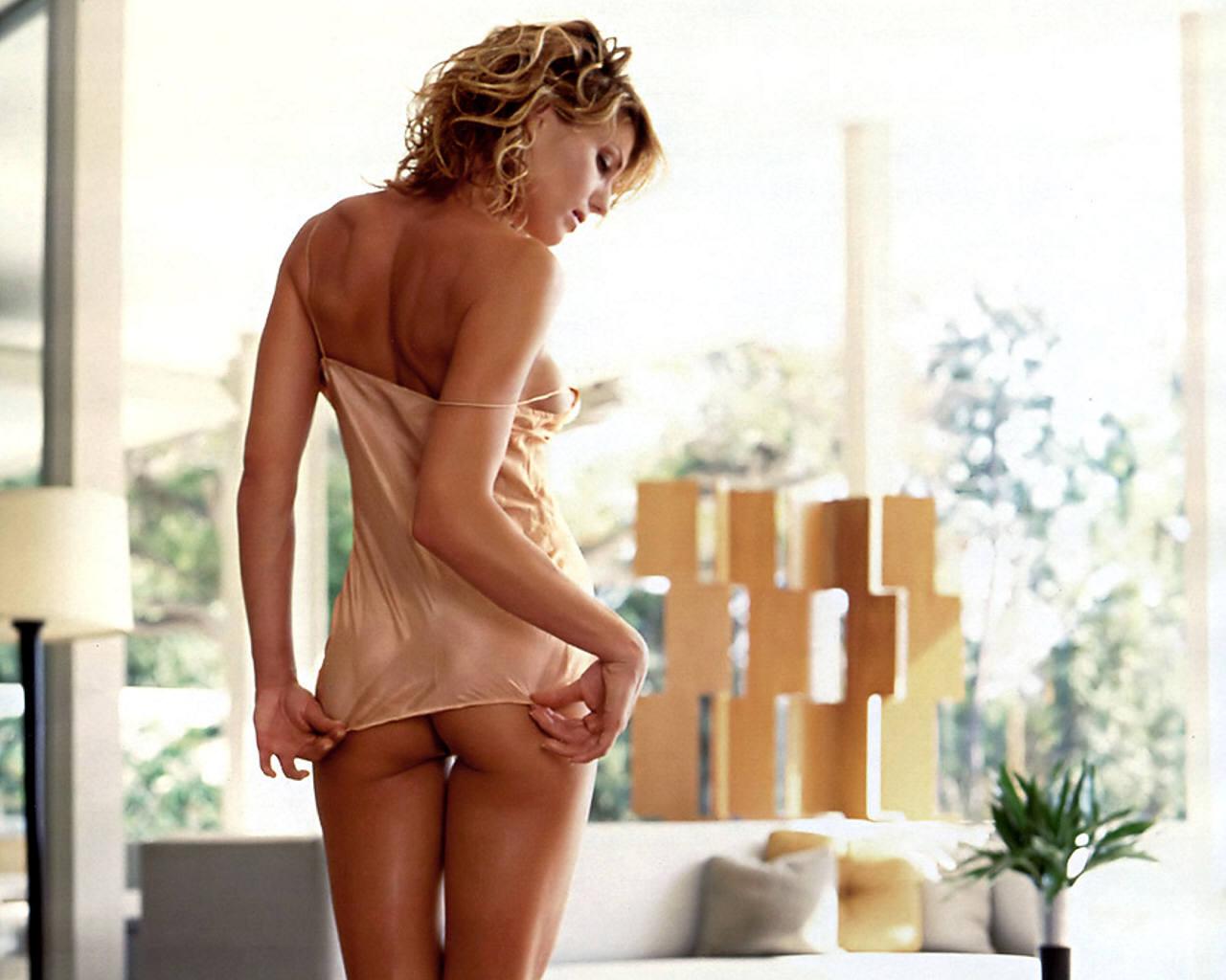 tiny naked asian nubiles