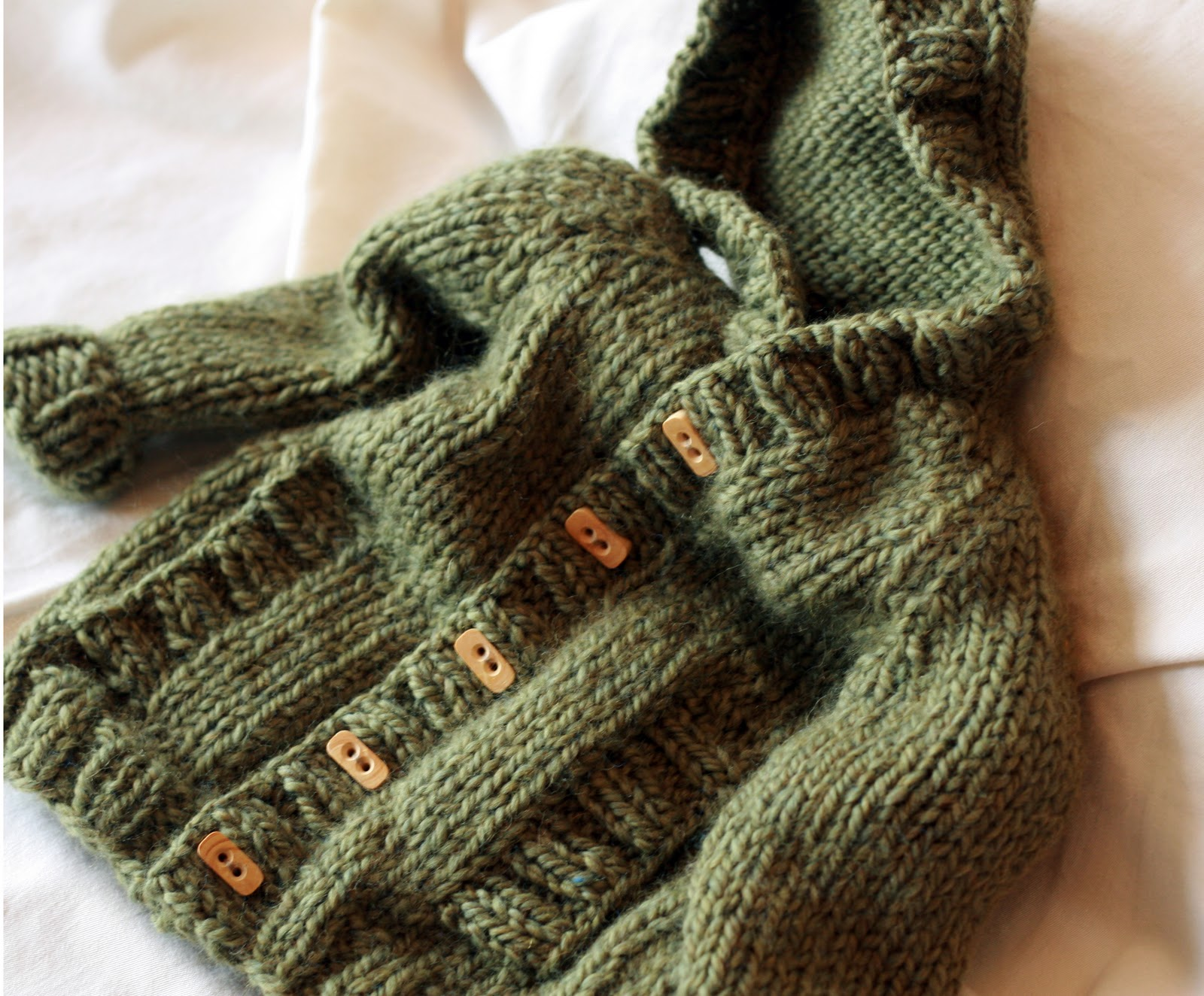 KATE PRESTON HANDKNITS /BLOG: Update: Childs Hooded ...