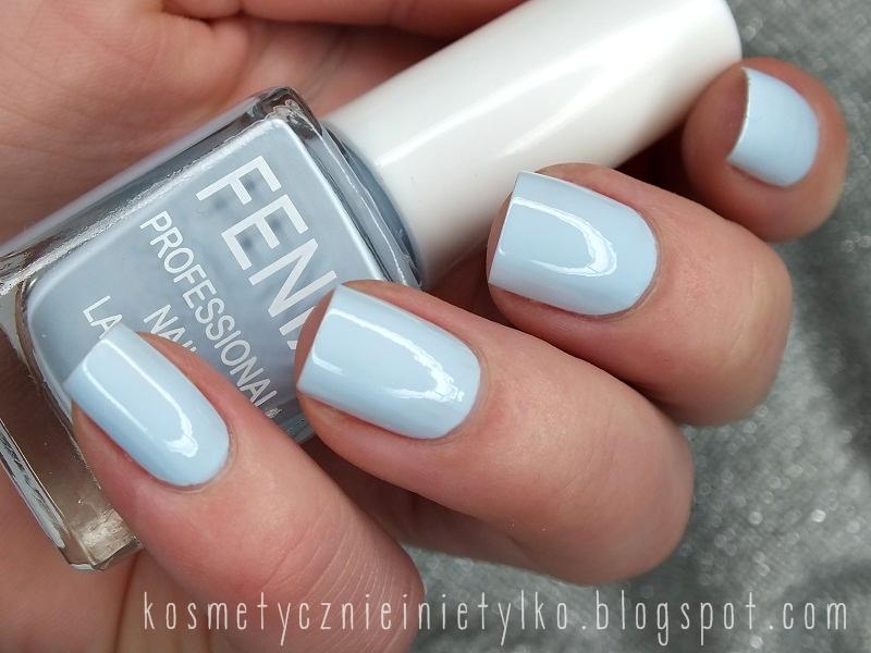 http://kosmetycznieinietylko.blogspot.com/2013/12/bekit-nieba-lakier-fenix.html