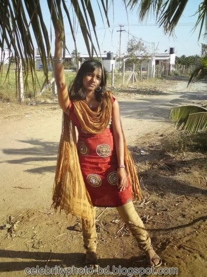Deshi+girl+real+indianVillage+And+college+girl+Photos100