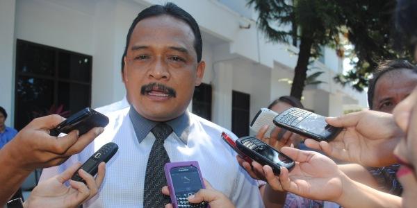Ramdhani Ingatkan ketua DPRD Sulut Agar Tidak Campuri Urusan Fraksi Lain