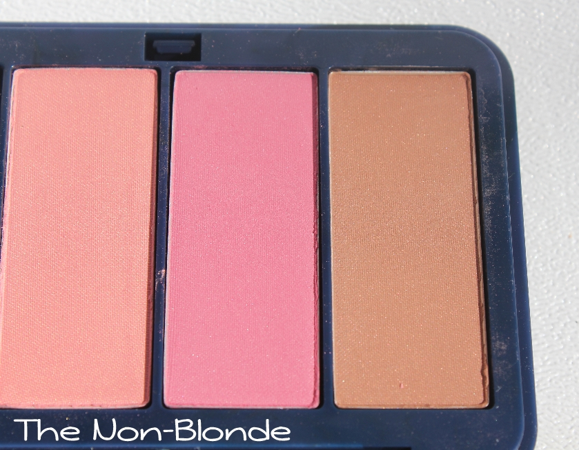 Super Estee Lauder Bronze Goddess Powder Bronzer- Light | The Non-Blonde BF49