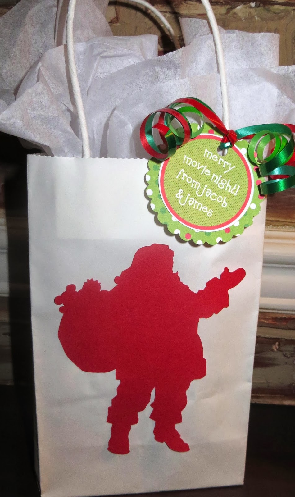 Room mom extraordinaire merry movie night gift bags