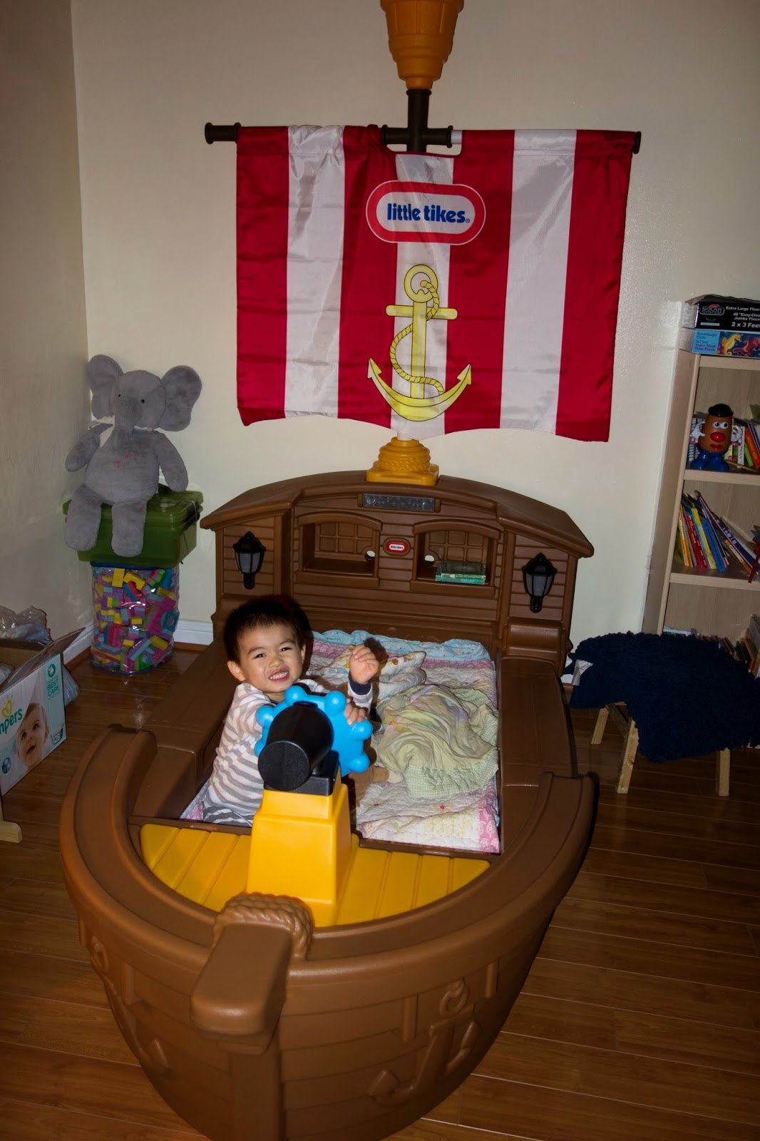 Piaws Blog Review Little Tikes Pirate Ship Toddler Bed