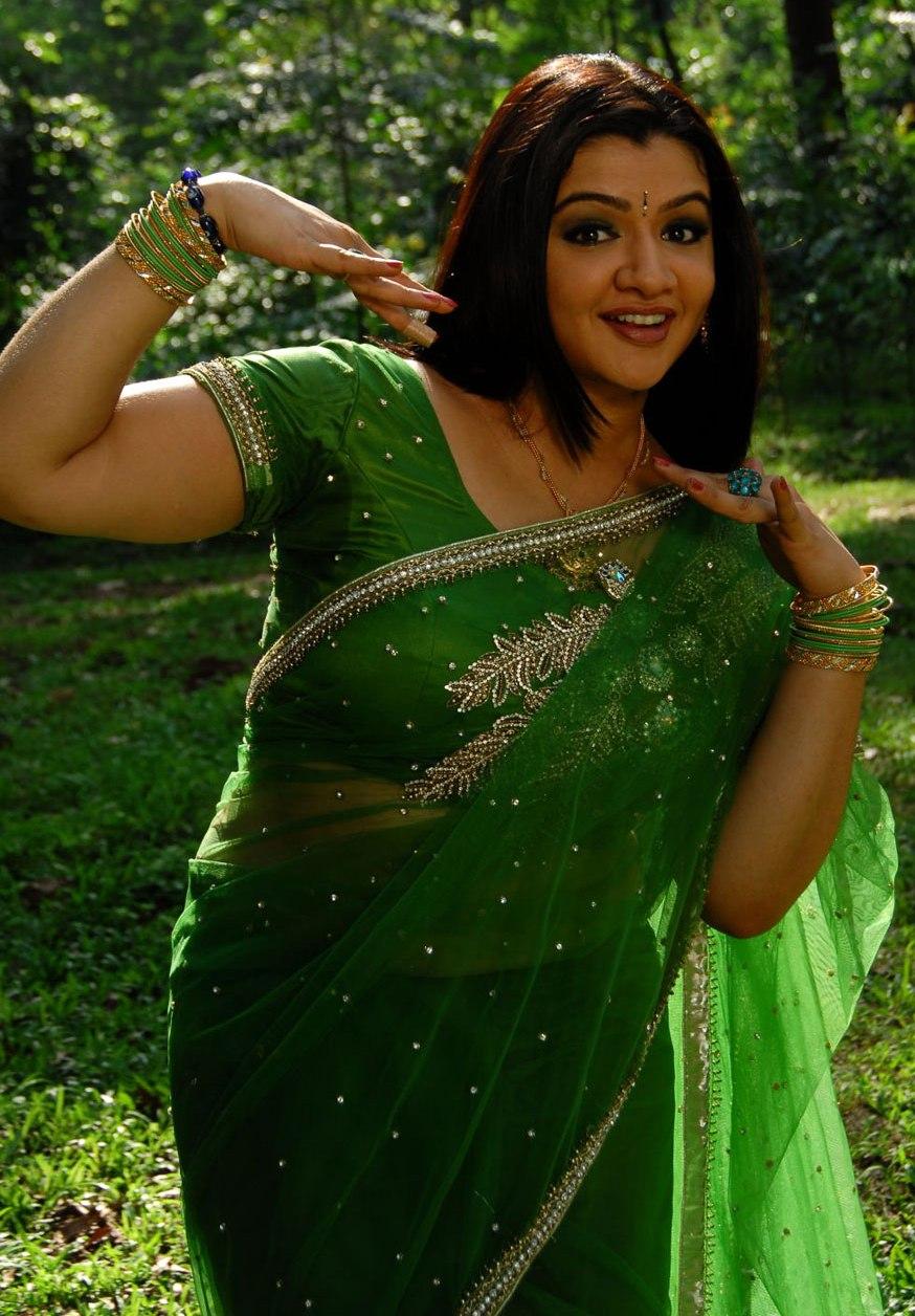jagans: arthi agarval green saree stills