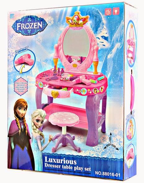 Meja rias Frozen yang cantik untuk dijadikan kado ulang tahun untuk anak perempuan.