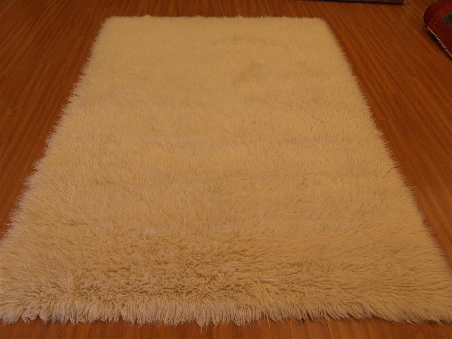 How to clean a flokati rug - Shag And Flokati Rugs However Can Be Tougher To Clean Than Ordinary Rugs Because Of Their High Pile That Is Where We Come Into Action