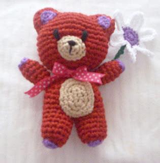 osito tejido a crochet