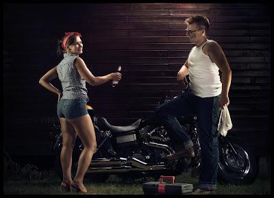Portret motocyklisty z dziewczyną. Kreatywna Fotografia Portretowa. fot. Łukasz Cyrus, Ruda Śląska