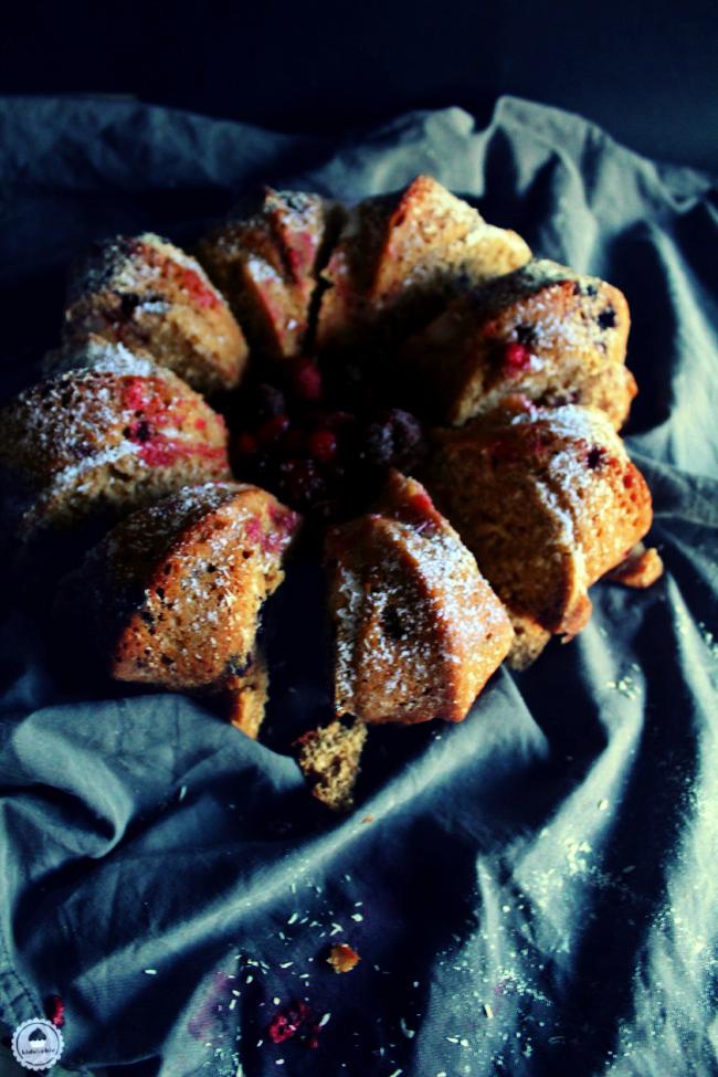 cranberry coconut orange bundt cake 004