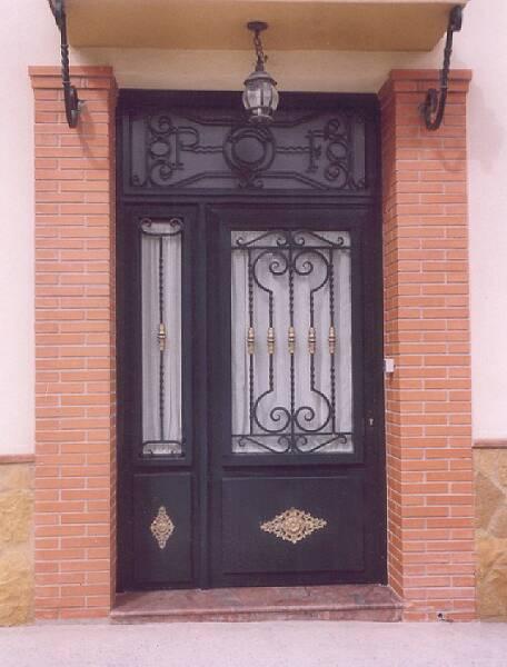 Hierros y forjas el llano puertas - Puertas para porches ...