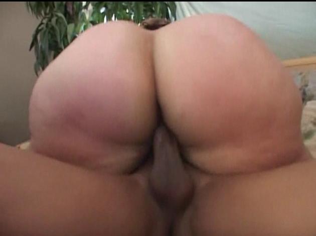 Screenshot 2 Elder Erotic Female Hypnotist   Enjoying Some Tasty Cock