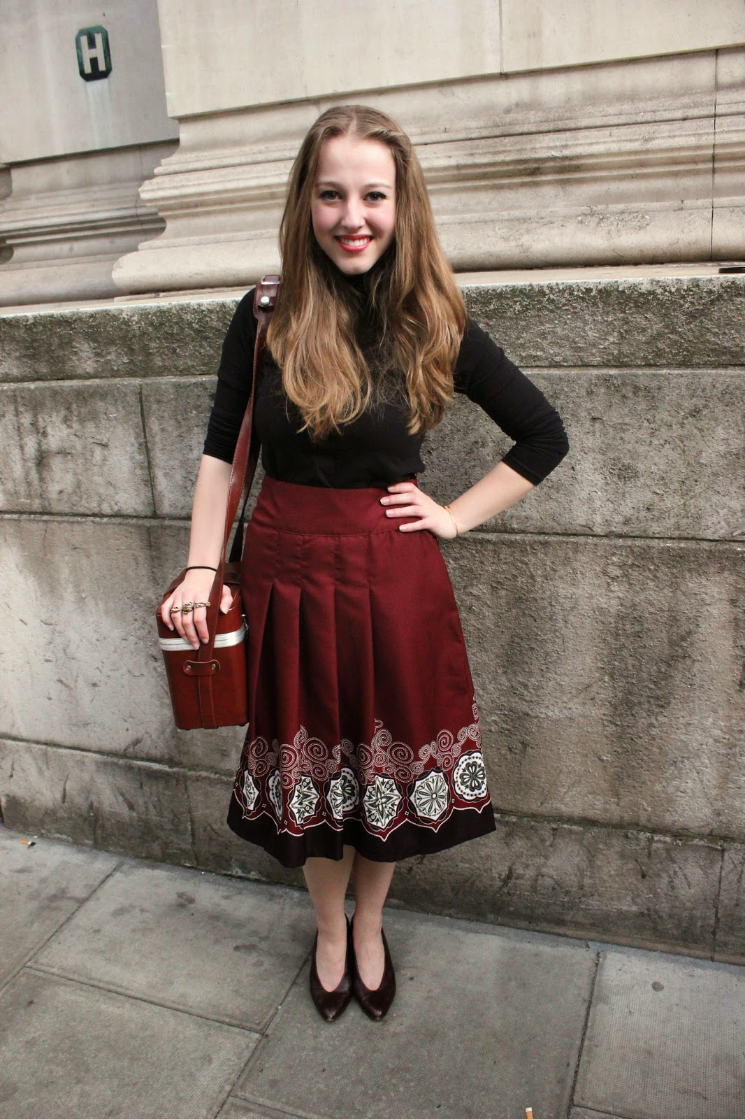 london-fashion-week-2014-lfw-spring-summer-2015-blogger-fashion-Dora-Abodi-catwalk-models-freemasons hall-fashion-scout-street-style-polo-neck-midi-skirt-heels-vintage-camera-case-OOTD-outfit-inspiration