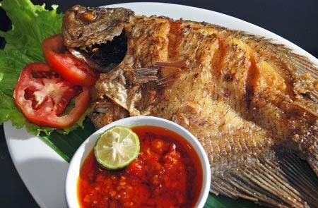 Resep dan Cara Membuat Ikan Gurame Goreng Sambal Terasi