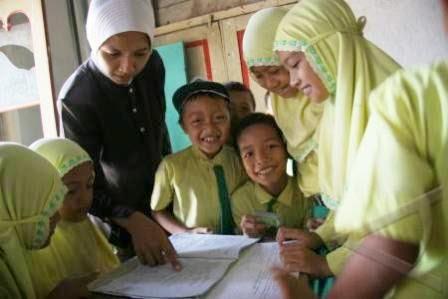 GURU BELUM SERTIFIKASI DILARANG MENGAJAR 2015