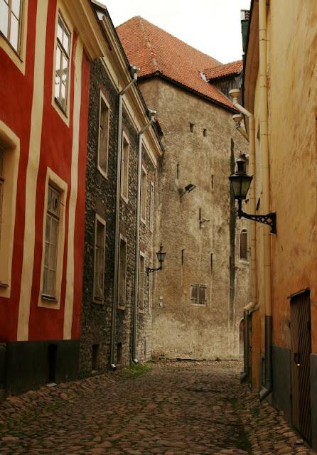 Tallinn_street_3