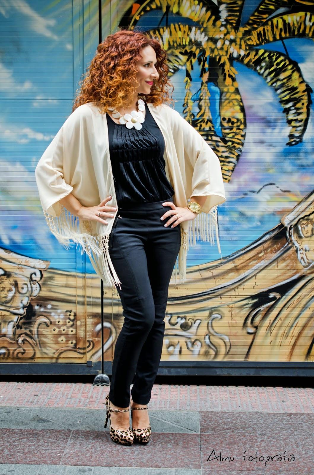 So chic by Patricia_Kimono con flecos
