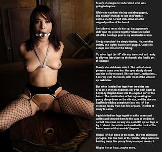 Naked brunnette - rs-39719957-799388.jpg