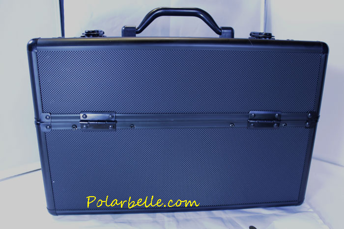 salon equipment, mac case,