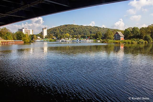 Saarbrücker Stadtansichten: Osthafen, Silo, Ostspange
