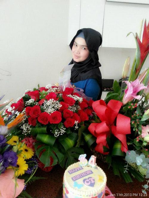 Gambar Hari Jadi Siti Nurhaliza
