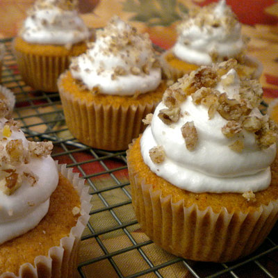 Sweet Potato Cupcakes with Maple Cream Cheese Frosting and Candied ...