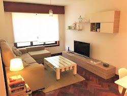 Piso de dos dormitorios en alquiler en Los Rosales, garaje. 600€