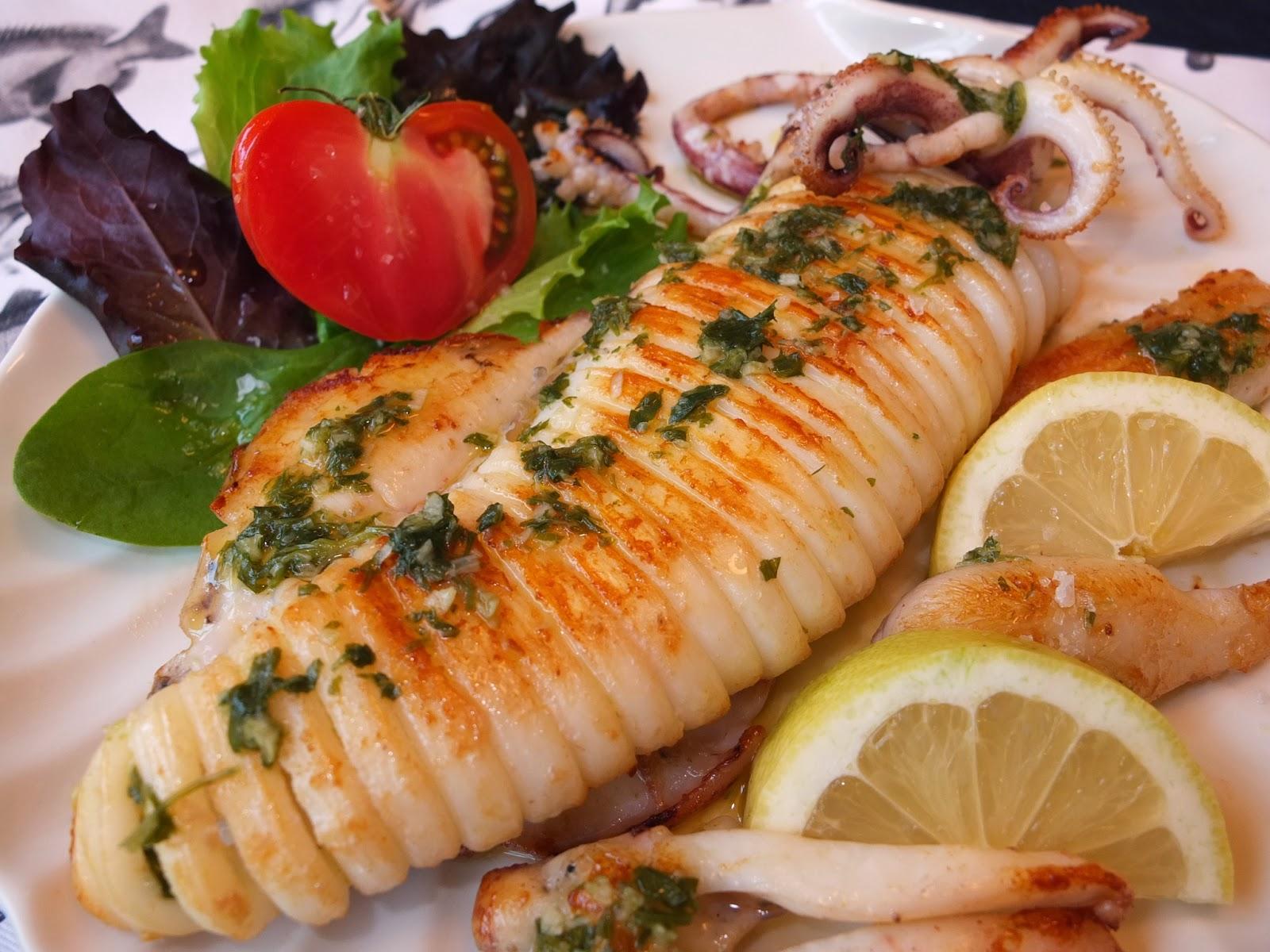 Cocinando con lola garc a calamar a la plancha for Cocinar zarzuela