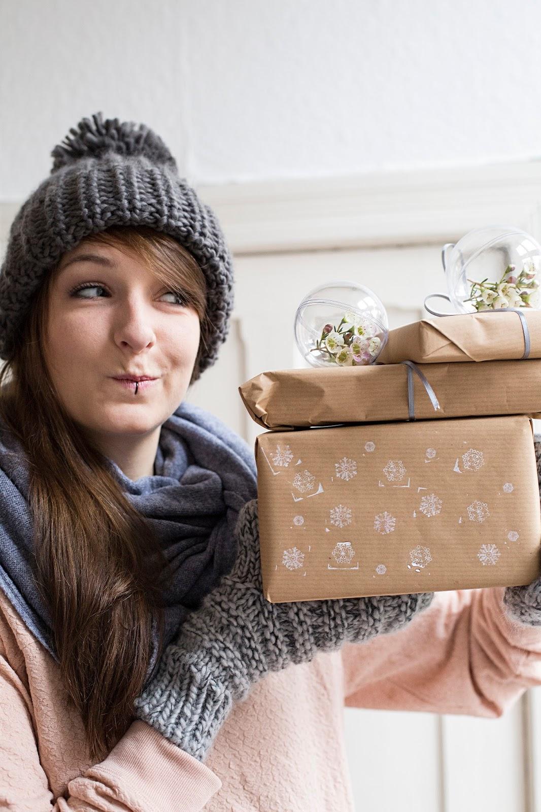 Einpackidee Schneeflockenstempel