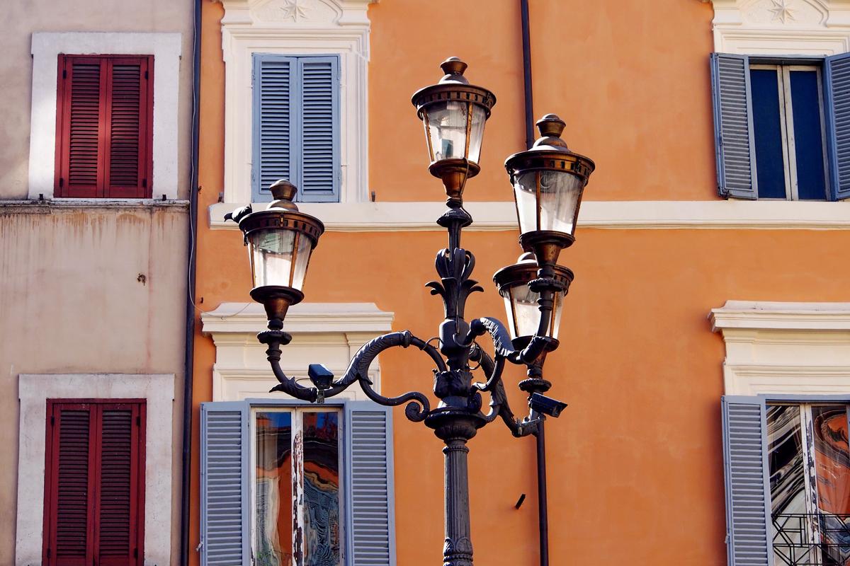 """Roms Altstadt – Ein Sehenswürdigkeiten-Rundumschlag - """"Fee ist mein Name"""""""