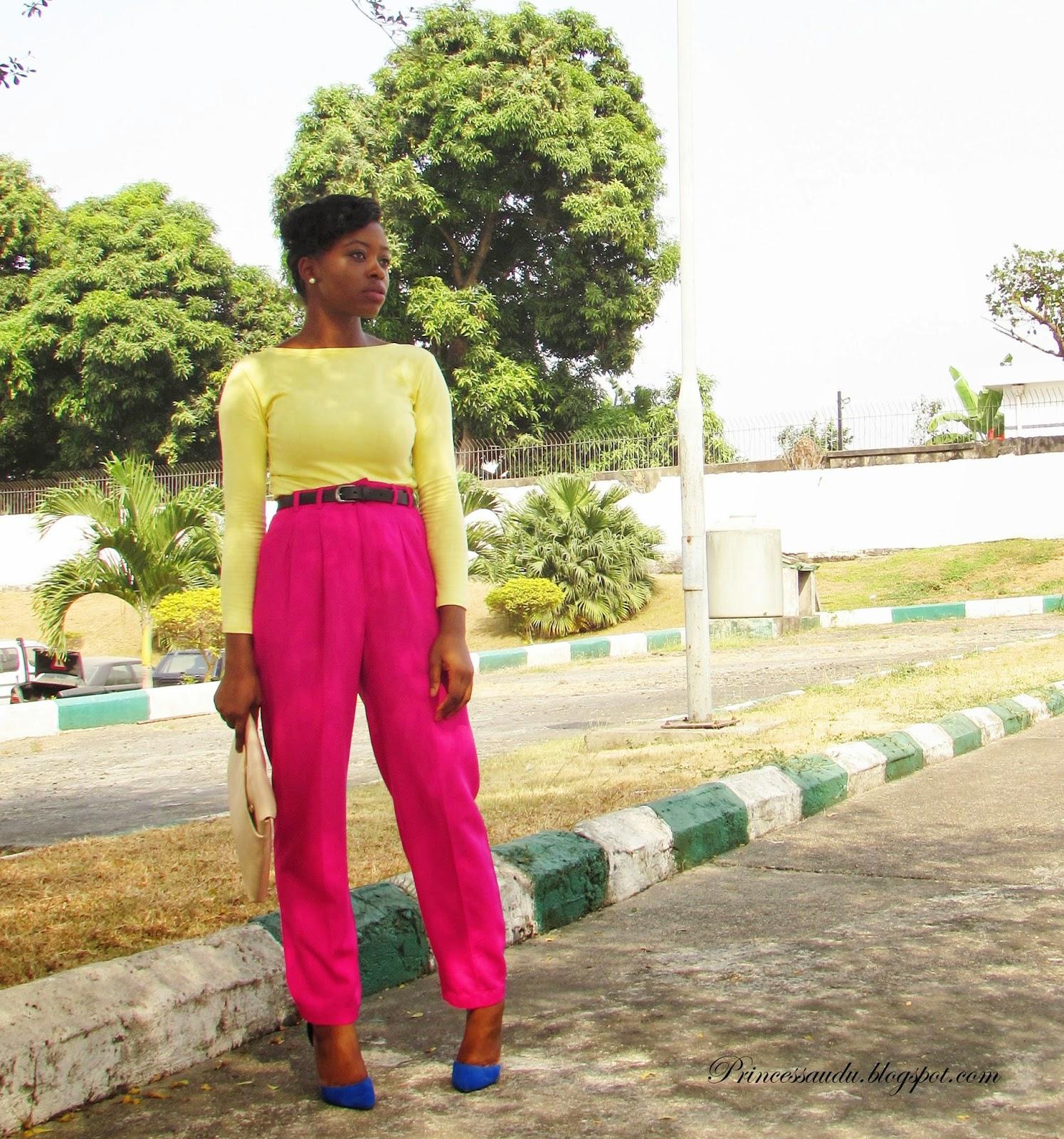 colour blocking, pink high-waist trousers, pants, blue pumps