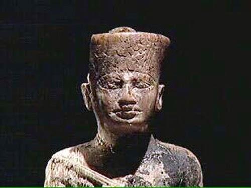 Raja Mesir Khufu Cheops - Pembangun Piramida Giza