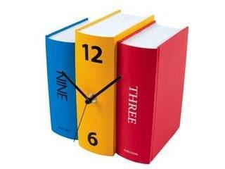 reloj bibliotecario.
