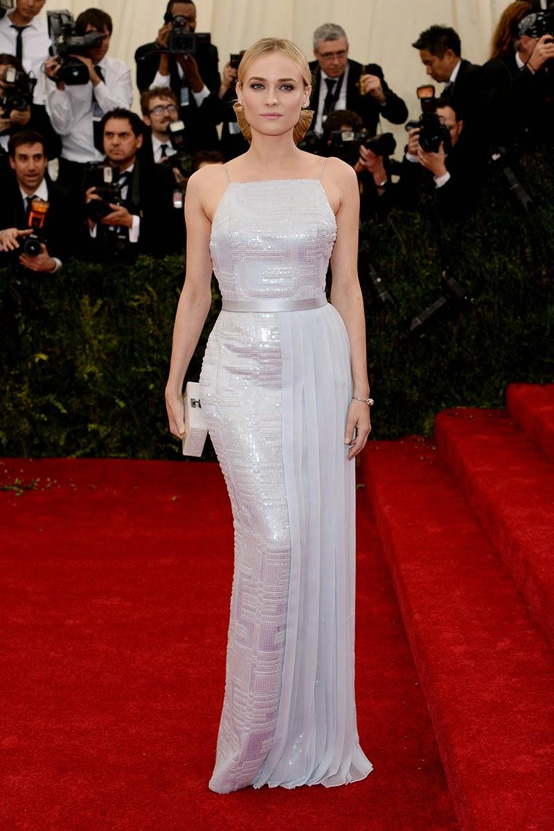 met-art Monika-G-most nude Diane Kruger lució un vestido lavanda con apliques y falda semi tableada de  Hugo Boss, que combinó con clutch nacarado de Edie Parker y joyas Jaeger ...