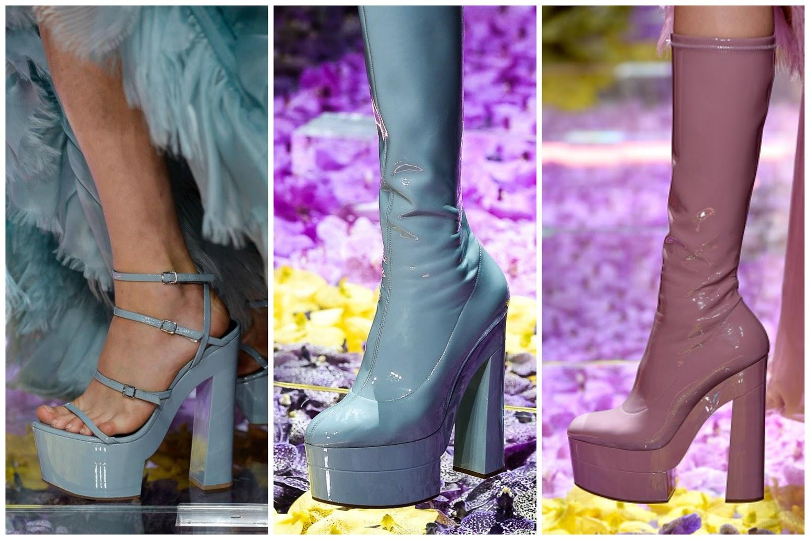 Details Versace Show 2015