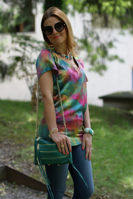 Hippie look, colorful silk blouse, round sunglasses, Fashion and Cookies