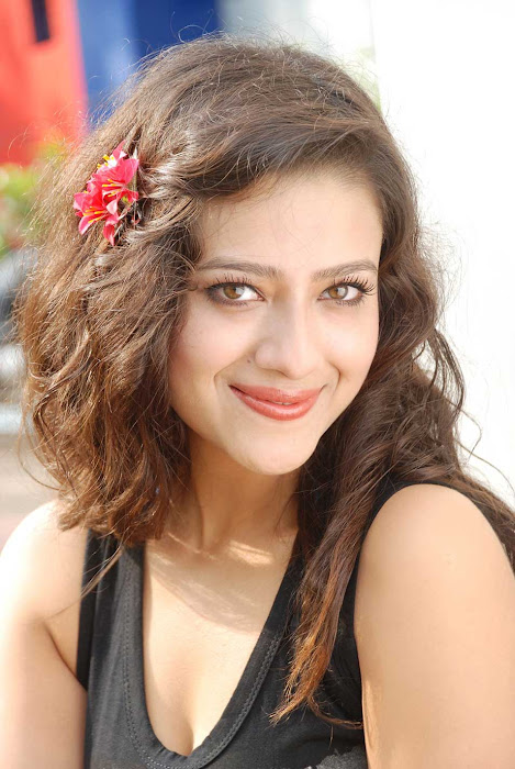 madalasa sharma new , madalasa sharma actress pics