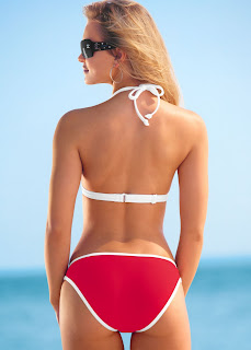 Elisandra Tomacheski Bikini Pics, Elisandra Tomacheski Swimwear Photos