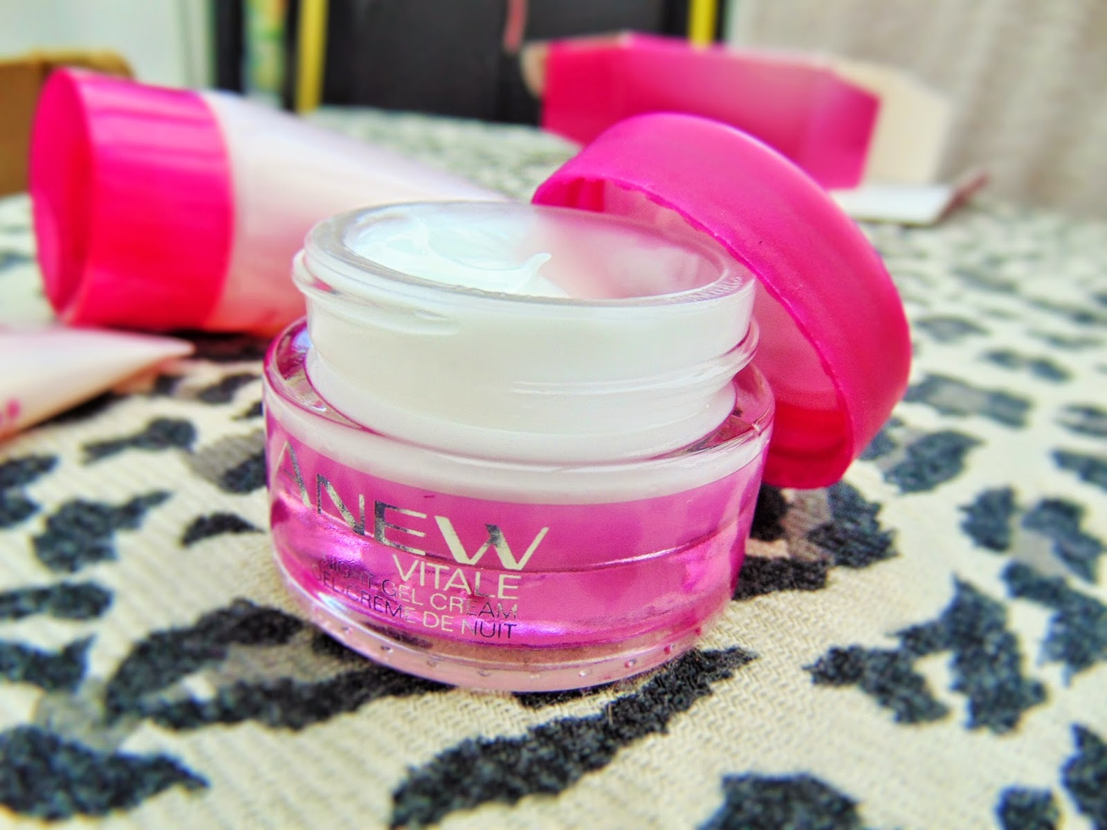 avon anew vitale skincare kit night cream