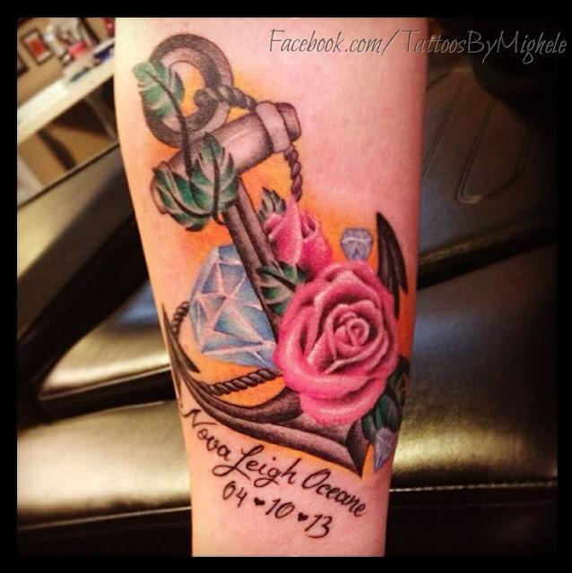 Tatuagem de Ancora com Rosas e Diamantes