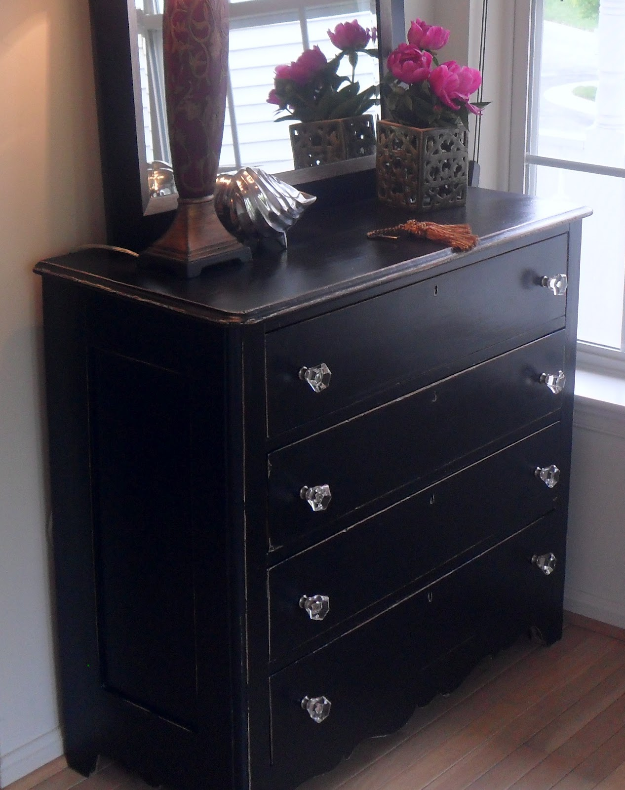 Foyer Chest Furniture : Painting furniture black casual cottage