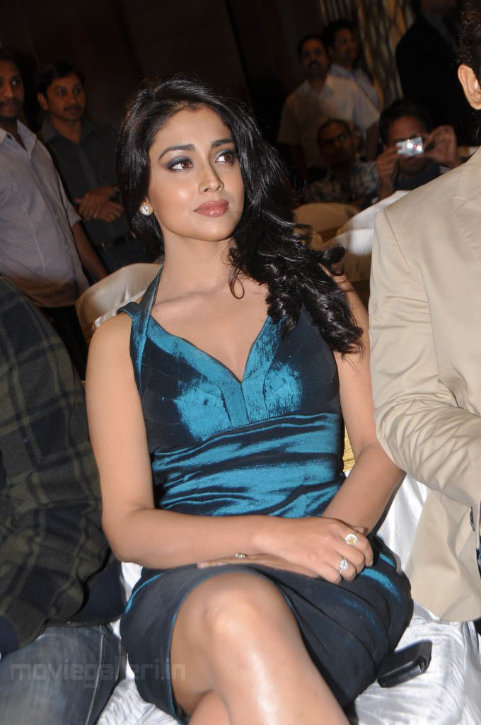 sexy pics of erotic shriya